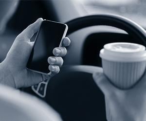 Штраф за телефон за рулем, разговор по телефону за рулем, штраф