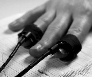 Полиграф для проверки сотрудников: правомерно ли его использование?