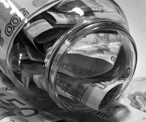Может ли банк не выдать деньги по вкладу