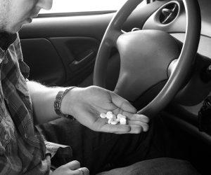 Как за рулем оказываются наркоманы