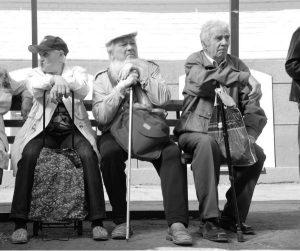 На пенсию в 65 лет
