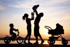 Какие размеры алиментов установлены семейным законодательством на несовершеннолетних детей