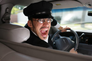 kuda-zhalovat'sya-na-povyshenie-tarifov-taksi